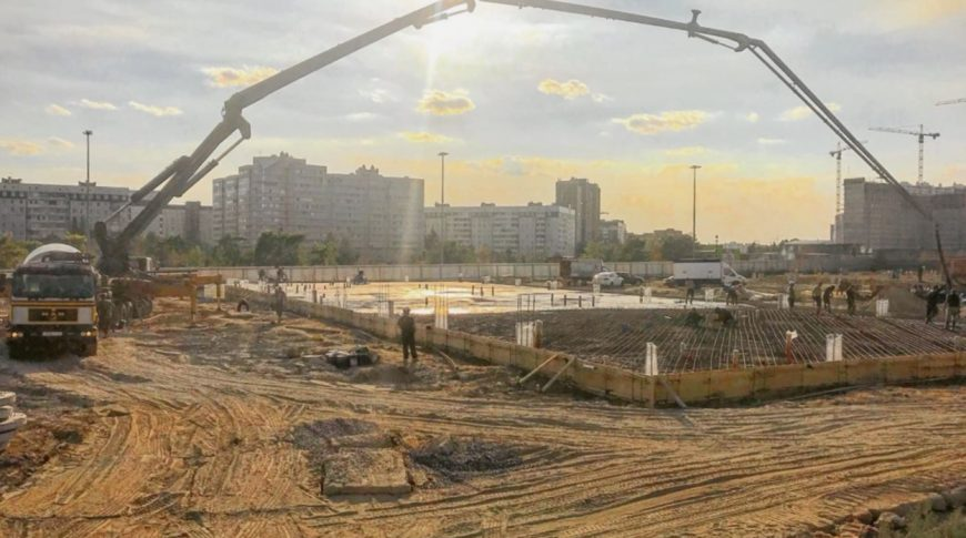 бетононасос 52 аренда, работа автобетононасоса 52 метра