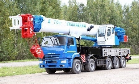 Автокран 70 тонн 42 метра