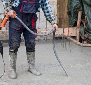 зачем вибрируют бетон